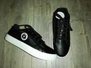 Кеды - Кроссовки новые, цвет чёрный, на шнурках...