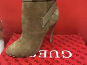 новые ботинки Guess