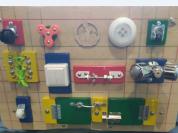 Ящик для игрушек - бизиборд - доска для рисования