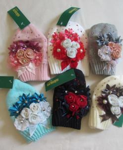 шапочки с цветочками