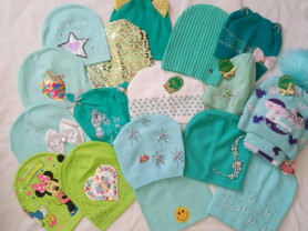 шапочки мята и зелень