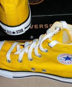 Желтые высокие Converse AllStars!