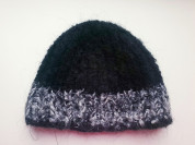 Женская зимняя шапочка