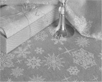 Скатерть жаккардовая пестротканая Снежинка-сер. 120*150 см.