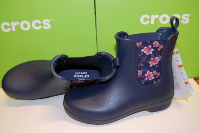 Crocs Women's р 35-41 весна осень