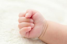 Как правильно стричь ногти на руках ребенку