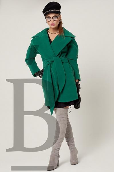 Пальто  зеленый