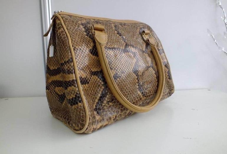e1b0422bed30 Уникальные изделия ручной работы из натуральной кожи крокодила и питона
