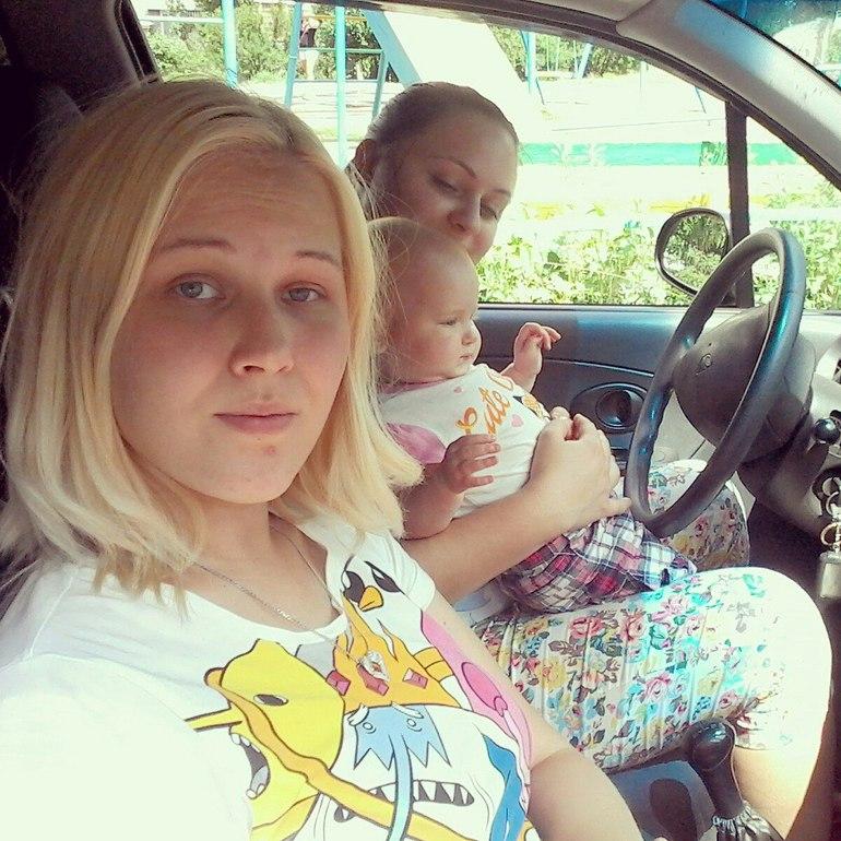 Деревенская девочка сосет в машине фото 440-538