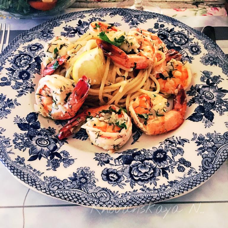 Мидии и креветки в сливочном соусе рецепт