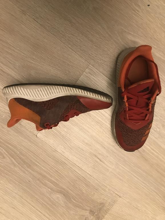 871785b0b Кроссовки adidas оригинал, модель унисекс, очень легкие и смотрятся  классно. Состояние отличное .р 30. 2000