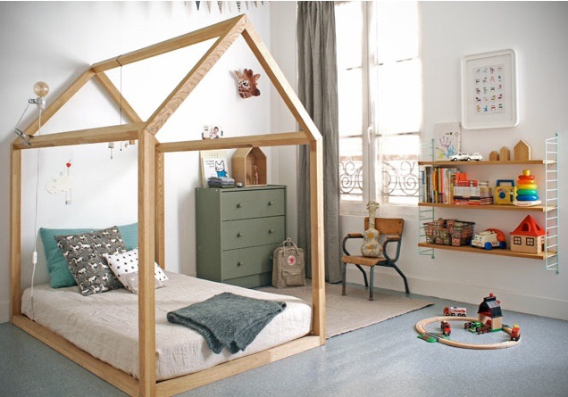 Сделать детскую кровать своими руками домик
