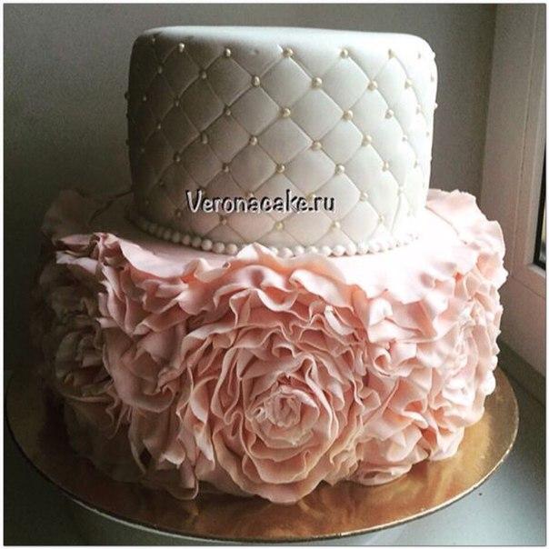 Украшение торта рюшами