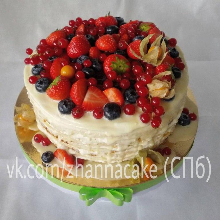 Как сохранить фрукты на торте