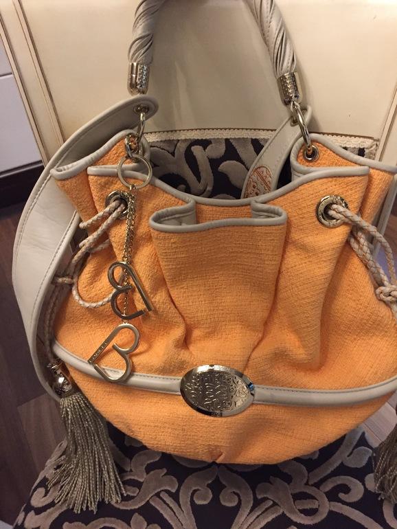Купить брендовые сумки для женщин в интернет